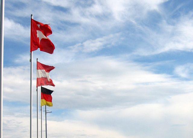 3 Flaggen