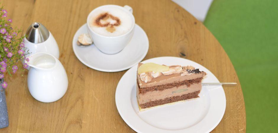 Leuter-Kaffee-Kuchen
